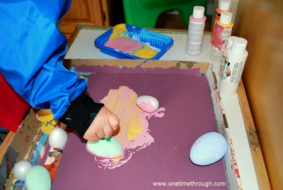 Painting with Foam Eggs