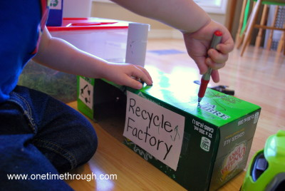 Recycling Factory Play