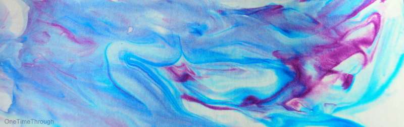 marbled paper using shaving cream and food colouring