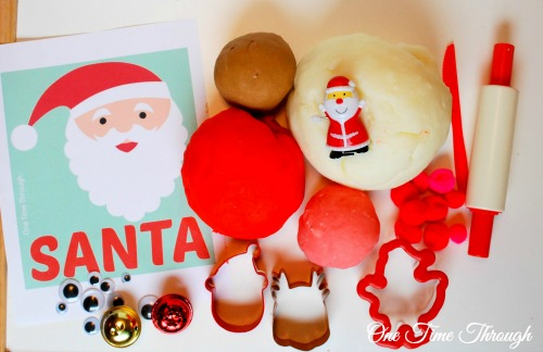 Santa's Favourite Christmas Playdough Set Up