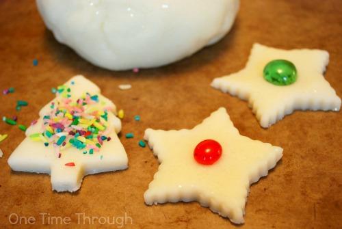Christmas Baking Playdough Station