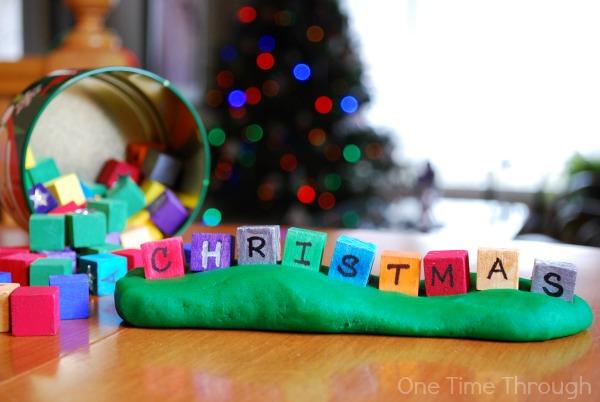 Christmas Playdough Loose Parts